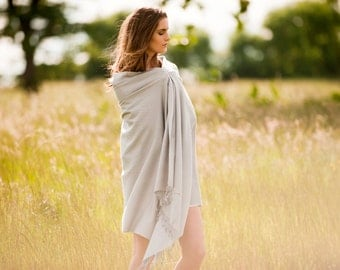 Pashmina Shawl - Silk-Cashmere Blend Wrap in Silver Grey - Handwoven - Generously Sized, yet Light - Perfect for Summer Layering or Travel