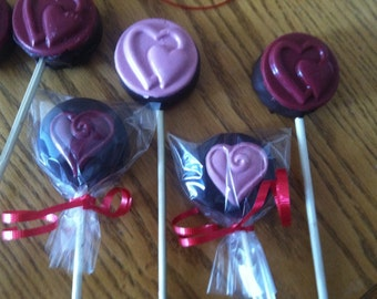 12 Chocolate Covered Oreo Hearts lollipop