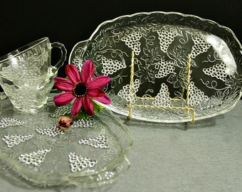 Anchor Hocking Snack Sets, Grape Pattern, Clear Glass Snack Set, Mid Century Glass, Shower Gift, Housewarming, Luncheon Plates
