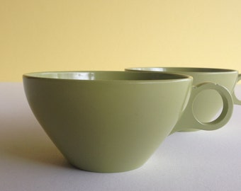 Melamine Coffee Cups Vintage Kitchenware - set of 2 - Pretty Green