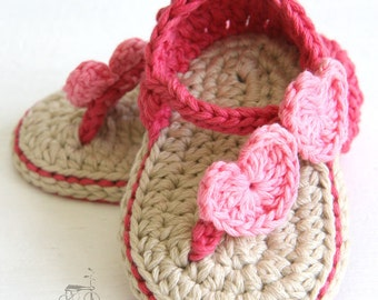 Handmade crochet Hearts Carefree Sandals, crochet baby shoes, baby shower gift, cotton baby shoes, hearts, MADE TO ORDER