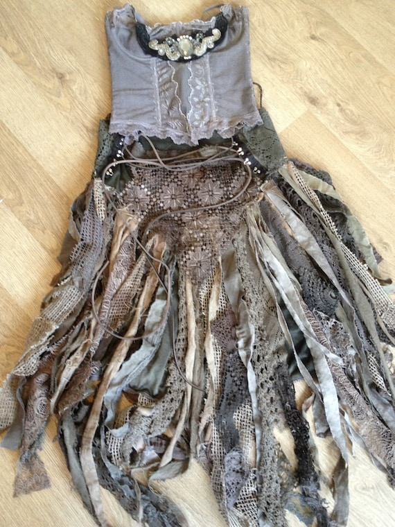 how to make a dress look ripped