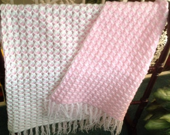 Baby afghan pink/white reversible