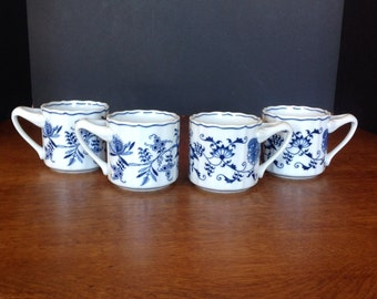 Blue Danube Blue Onion Set of Four Ribbon Label Cups