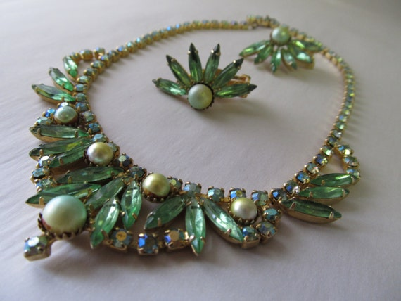 Green Costume Jewelry Set