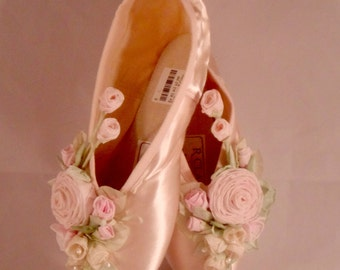 Ballet Pointe Shoes, Toe Shoes, Ballet Shoes With Flowers, Rose Covered Ballet Shoes