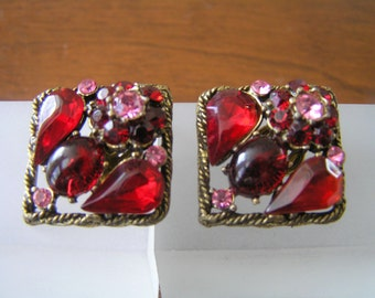 Weiss Red Rhinestone Earrings, Weiss Pink Rhinestone Earrings, Vintage Weiss Red Rhinestone Clip On Earrings, Weiss Cabochon Earrings