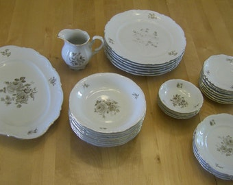 Mitterteich Bavaria China, Set of 33 Pieces, Including Creamer and Platter