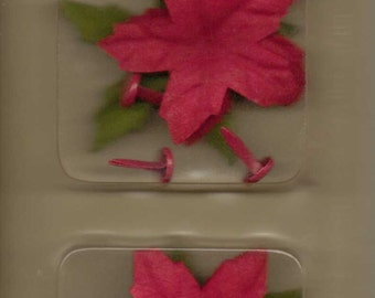 Making Memories POINSETTIA CRANBERRY Christmas Blossoms