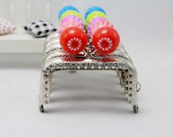 1 PCS of 7.5cm / 3 inch Silver Bright Flower Pattern Beaded Squared Purse Frame / Kisslock Frame, 5 Colors Available