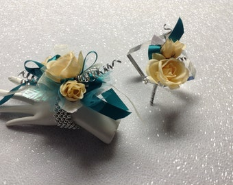 Prom Writslet Corsage and Boutonniere Set