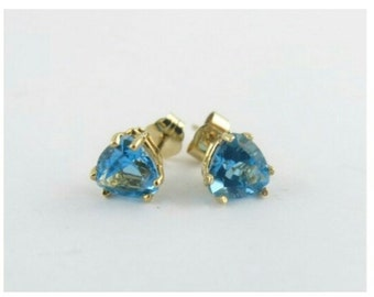 Topaz 10 ct Gold Earrings and 9 ct Topaz Pendant Set, Matching Topaz Set