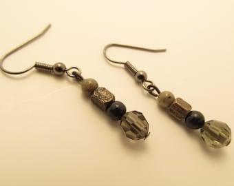 3906 - Agate and Czech Glass Earrings