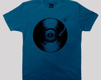 Retro Vinyl Record Player shirt, music shirt - Available in S to  2XL, (9 Color Options)