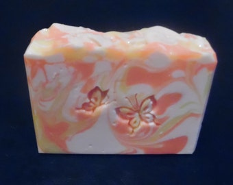 Homemade Soap for Sale, Daisy (Type) Artisan Soap, Handcrafted Soap, Scented Soap, Cold Process Soap, Unique Bridal Showers Gift For Her