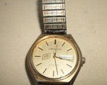 Vintage Working CARAVELLE Mens Wind Up WATCH Advertising FS Farm Services With Calendar Date