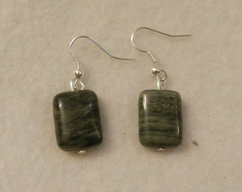 Green Gemstone Earrings  V1