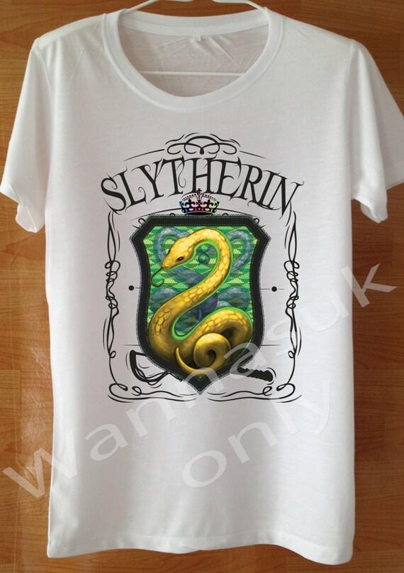chemise de serpentard slytherin t shirt sur mesure la main. Black Bedroom Furniture Sets. Home Design Ideas