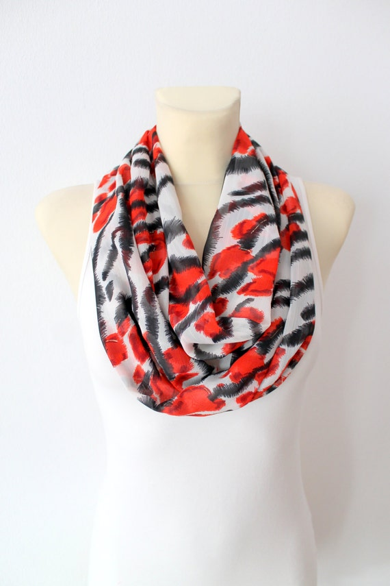 Leopard Print Scarf - Animal Circle Scarf - Fall Infinity Scarf - Women Circle Scarf - Red Infinity Scarf - Printed loop Scarf - Gift Idea