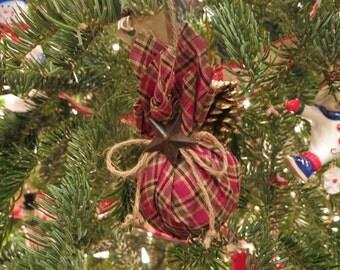 Homespun Fabric Ornament // Rustic Christmas Ornament // Primitive Christmas Ornament // Bunched Fabric