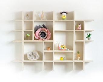 Shadowbox, Shadow Box shelf, Small Shadow box, Wall shadow box, Miniature display case, wooden shadow box, Miniature shadow box