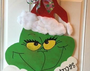 Grinch Hand and Ornament Door Hanger by KenlysCreations on Etsy