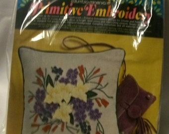 Vintage Embroidery Pillow Kit
