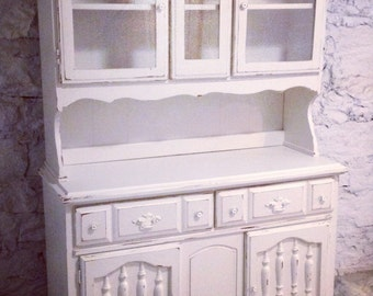 SOLD: Heirloom White Shabby Chic Hutch / China Cabinet / Buffet
