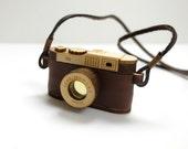 Miniature Wood Vintage Camera Necklace,  Dollhouse Miniature Camera, Wooden Jewelry Necklace, Digital Camera Necklace, Brown Wood Camera