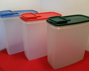Vintage Tupperware large cereal keepers / cereal container, dry food containers / tupperware #1588