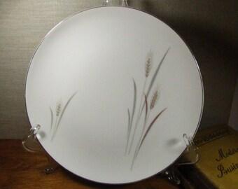 Vintage Large Dinner Plate - Platinum Wheat