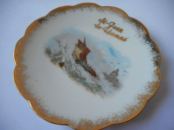 limoges porcelain small miniature decorative plate with ship. Black Bedroom Furniture Sets. Home Design Ideas