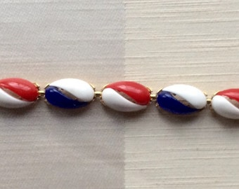 Red, White and Blue Retro Linked Plastic and Goldtone Bracelet