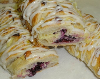1/2 dozen/ 6 braided danish pastry ,danish pastry, coffee cakes, pastry croissant, blueberry cheese danish, cheese danish, apple danish