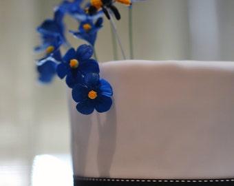 Sugar flower cake topper - Blue with yellow center sugar flower