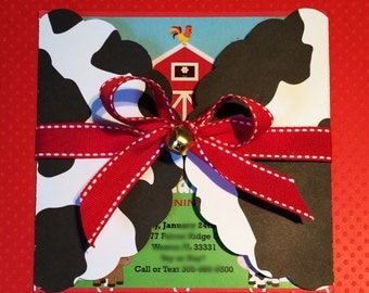 Farm Invitations / Barnyard Birthday Invitations / Personalized Cowboy Cowgirl Party Invitations / Cow Print Red Bandana Farm Animal Invites