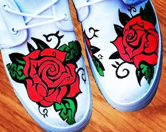 vans schuhe mit roten rosen