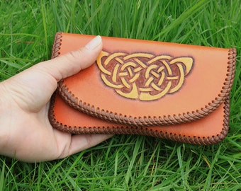 Handmade Leather pouch - Saddle tan