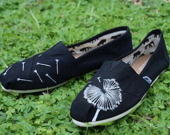 Custom Hand-painted Classic TOMS