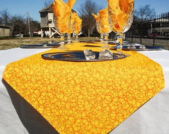 Yellow and Orange Table Runner, Reversible,Six Napkins, 4to6 Seater Table, Fits Rectangle, Square, & Round Tables, Spring, Summer