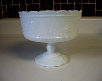 Items Similar To Vintage White E O Brody Milk Glass