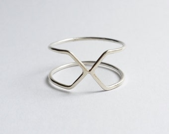 Handmade 'X Marks the Spot' ring in Sterling Silver