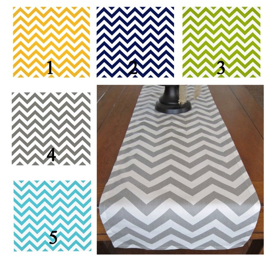chemin de table chevron chemin de table jaune marine vert. Black Bedroom Furniture Sets. Home Design Ideas