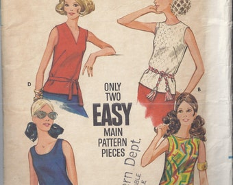 Butterick 3318 1970's Misses Semi fitted Sleeveless Blouse