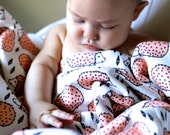 Organic Baby Blanket in Pink Hedgehogs // Made-to-order