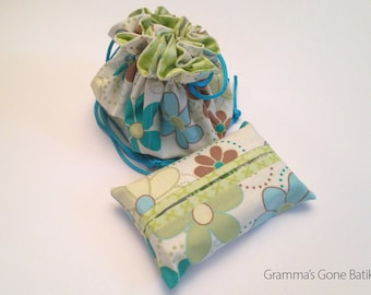 Jewelry Pouch and Tissue Holder - Spring Daisy Floral