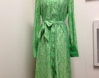 1970's Era Green and White Pattern Dress
