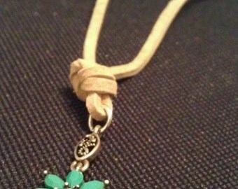 Turquoise flower on suede lace Necklace