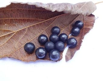 Shungite undrilled massage bead 11 mm - massage tools