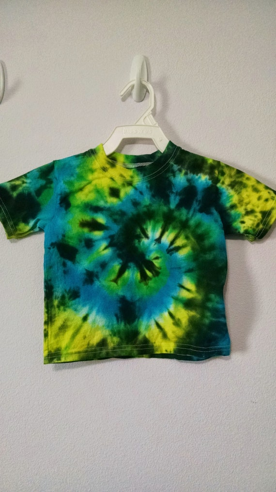 Items Similar To 2t Green Yellow Blue And Black Tie Dye